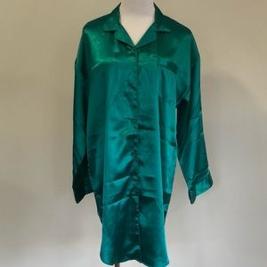 🎊2 for $20!🎊🌲VINTAGE SOSTANZA NIGHTGOWN🌲